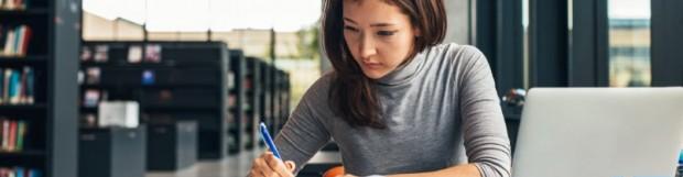Literaturrecherche für die Bachelorarbeit | Anleitung & Tipps