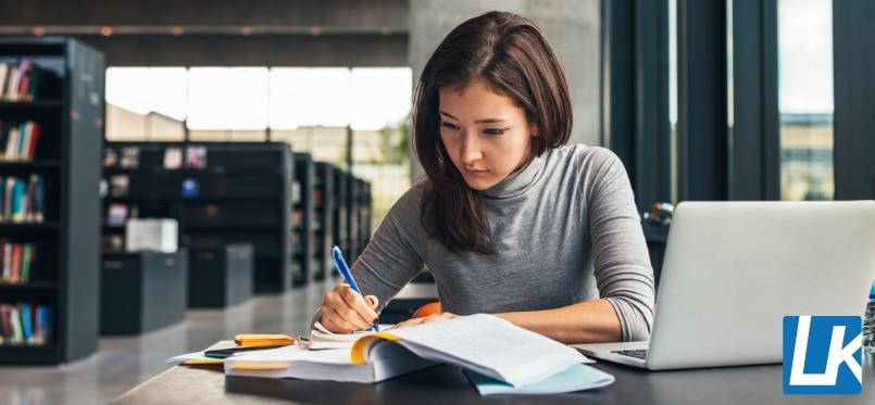Literaturrecherche für die Bachelorarbeit und Masterarbeit